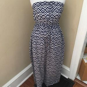 GAP cotton strapless maxi dress